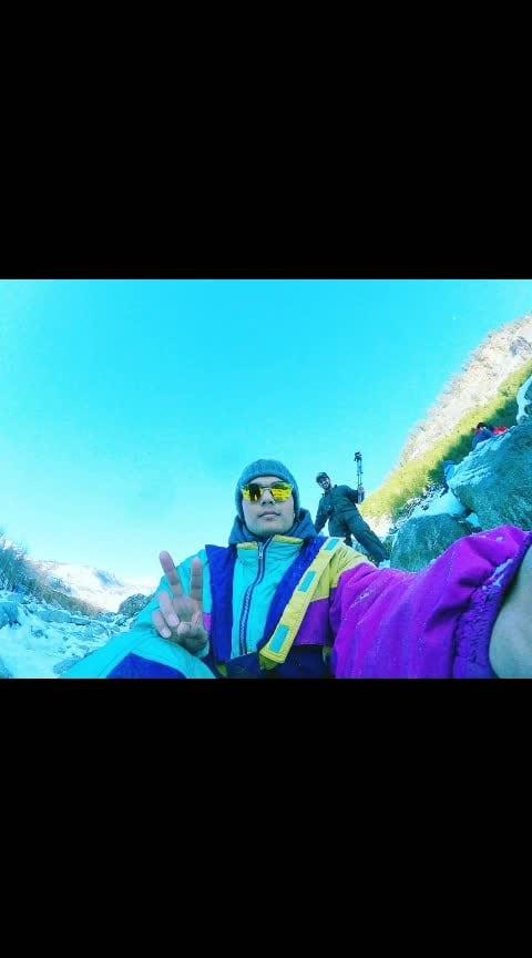 Manali snow point 😎 😎 😎 😎 😎 😎 😎 😎 😎 #snow #enjoythemoment #snowzone #snowfall #manalitrip #himachali #solangvalley #snowing #enjoyful #roposo-fun #dancelife #hiphopdance #urbandancecamp #photography #roposo-photoshoot #editing #goprophotography #dslrphotography #ropo-styles #mystyle