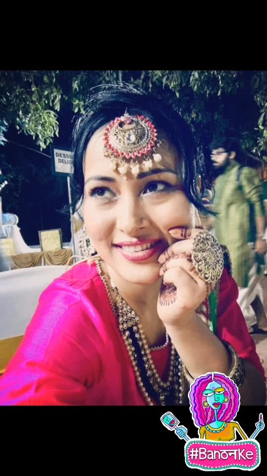Wedding da season hai.. love indian look.. #wedding-outfits #wedding-roposo #wedding-makeup #ropo-cosmetics #roposolook #roposlove #banthanke