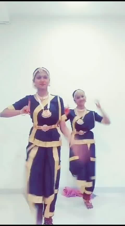 colleginde function #malayalam  #ganeshvandana  #bharatanatyam  #dance  #roposorisingstar