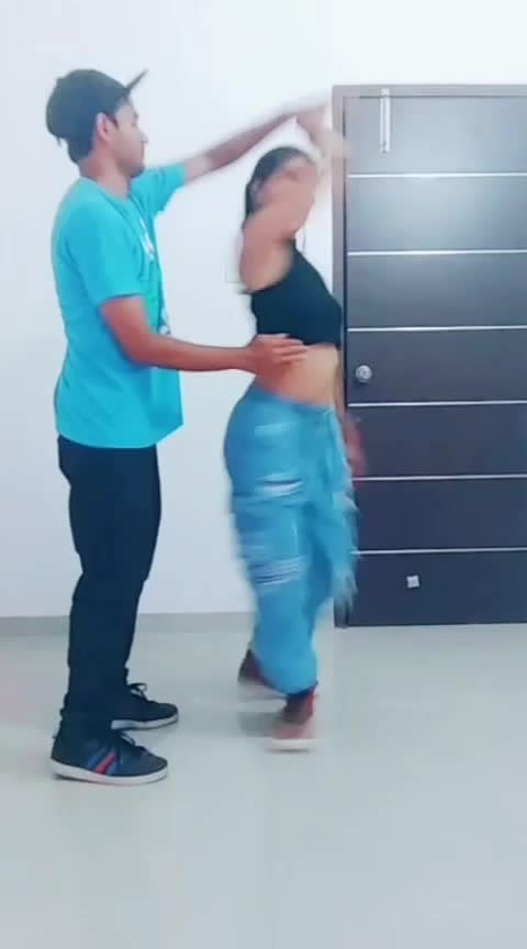 Friends 😈 #best-friends #roposo-love-friends #friend-for-ever #friends #couple #couplegoals #coupledance #couplesinlove #duetwithme #duet