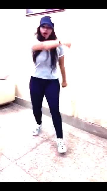 Dura dura !! #featureit #featureme #featurethisvideo #dancevideo #hiphop #style #post #popular #roposo-dance #roposo-dancer #love #life #dancelife #roposo #like #share #view #foryou #fam #follow #followback #english #song #music #beats #hit