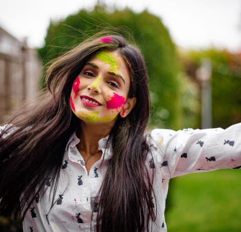 Throwback to Holi  #holi #holi2019 #myholi #myholiface #holifestival #holifun #holipictures #fashionblogger #indianblogger #indianbloggersroposo #indianfashionblogger #throwback #throwbacktoholi #throwbackpic #holifestivalcolours #holispecial #pictureondemand #ukblogger #indianbloggersnetwork #london #londoninfluencer
