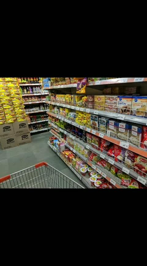 what grocery shopping looks like?  watch me 💃 watch me 😂 #roposo #shoppingtherapy #shopping #shop #grocerybag #groceryshopping #groceries #roposoers #happy #happieness #walking #shoppinghub
