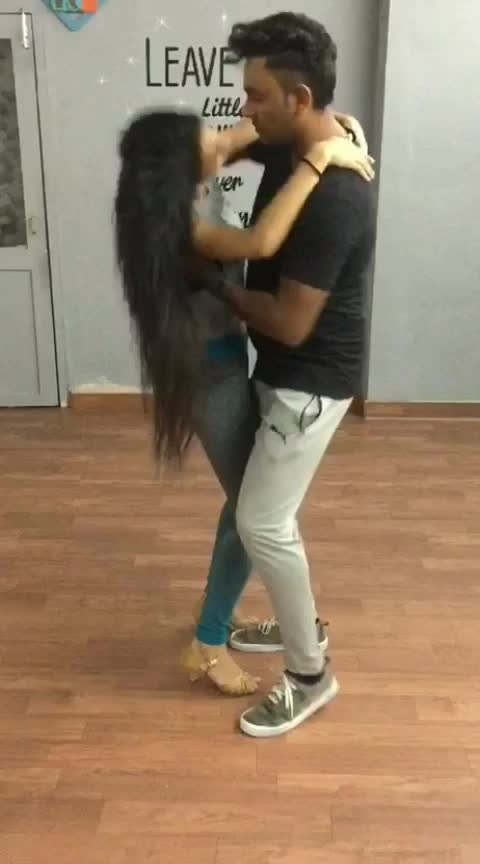 Bachata with Michael #aakritigautam #bellydancer #latindance #bachata