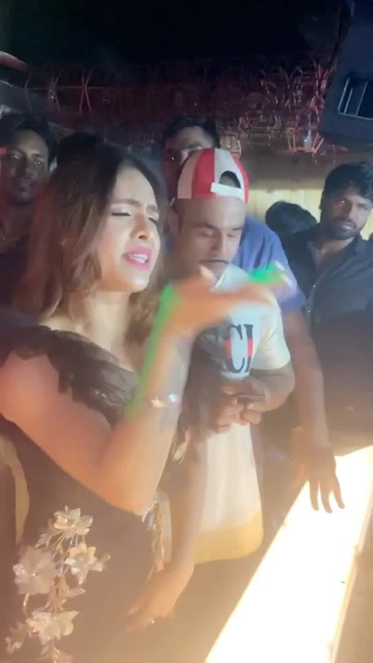 My UDHNE SAPOLIYE SONG WITH @jazzyb 😍😍😍 LOVE LOVE LOVE ♥️ thanks my  Delhi Fans for showing so much love ♥️♥️ THANKFUL , GRATEFUL and BLESSED 🙏🙏 : Outfit by @avneet_8 ♥️♥️ : #jazzyb #planetrecords #udhnesapoliye  #delhi #delhievents #clubappearance #celebrity #celebrityappearance #punjabicelebrity #sakhiyaangirl #sakhiyaan #pollywood #punjabigirl #gown #designergown #fans #fanslove #fanmoment #delhifans #lovemyfans #nehamalik #model #actor #blogger #instagram #instavideo #instafollow