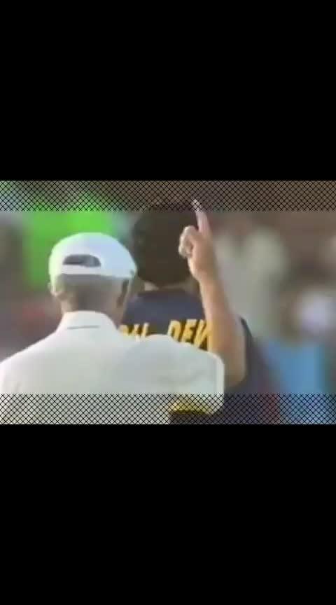 Mankading This is how Kapil Dev did it against South Africa's Peter Kirsten in 1992 #mankading #Cricket #kapildev #kapil #india #SouthAfrica #ipl #Ashwin #buttler