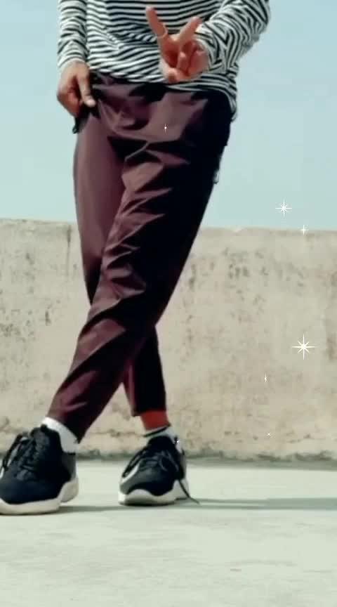 Learn dance steps from 👉#DanceGuru #prabhudeva #prabhudevadance #danceguru #happybirthdayprabhudeva #dancesteps