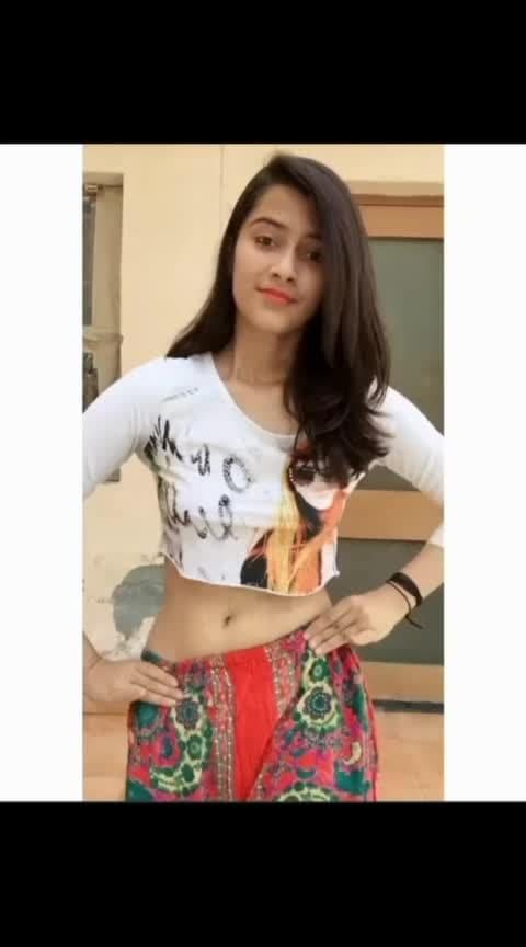 ये लड़की गजब की एक्टिंग करती है #hot  #wow-nice #wow-nice #wow-nice-view #viral_video #girlsbestfriends #danceing  #girlsbestfriend  #aankhmarey #lovemusic #girls-enjoying #hit_song #hot-hot-hot #hot_dance #very_hot_video