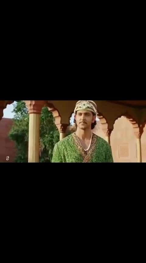 muzhumadhi... #aishwaryaraibachchan #aishwaryarai #rithikroshan #arr #arrahman #arrahmanmusic #arrahmanhits #arrahmanbgm
