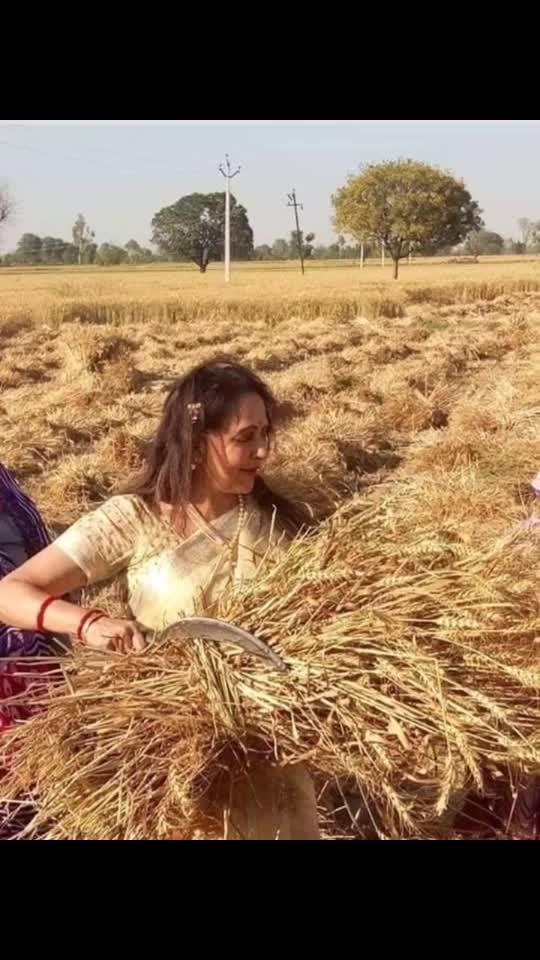 #hemamalini working in a farm #ladies #work #go ethic #spirit