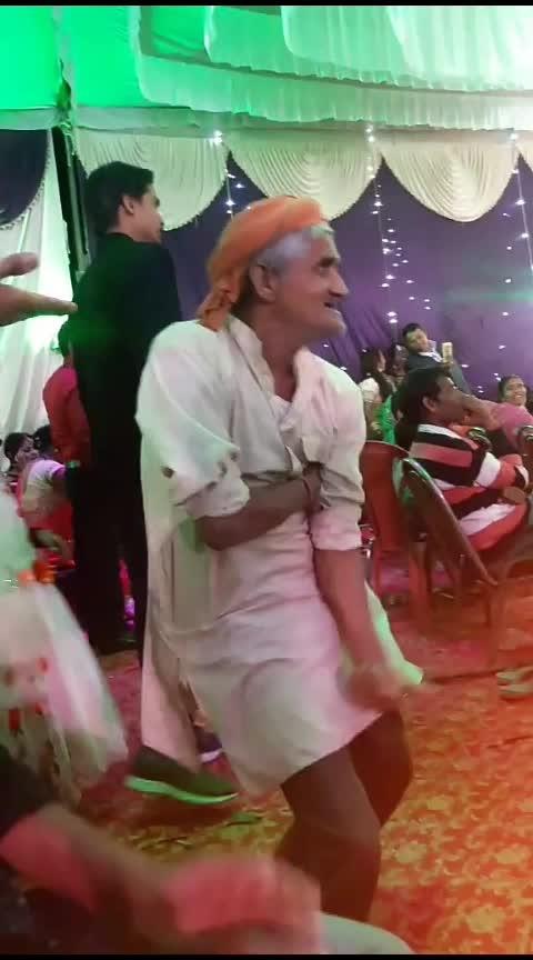 😂 chachq Ka funny dance👏👏 #superbcomedy  #gjb__dance #haha-tv #haha-funny #roposo-beats @roposobusiness @roposocontests