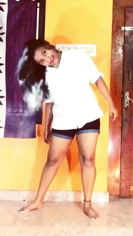 O rang bhi kya rang hai #bollywooddance #roposo-bollywood #merenaamtu #zero #dance #roposodance @roposocontests @roposotalks