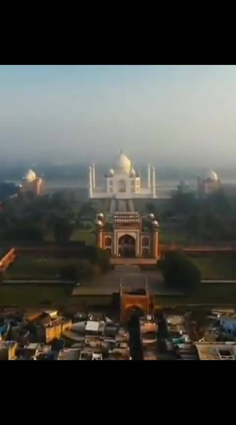 Moments from India . #tripislife #India #Agra #TajMahal  #incredibleindia 🇮🇳 . @doyoutravel