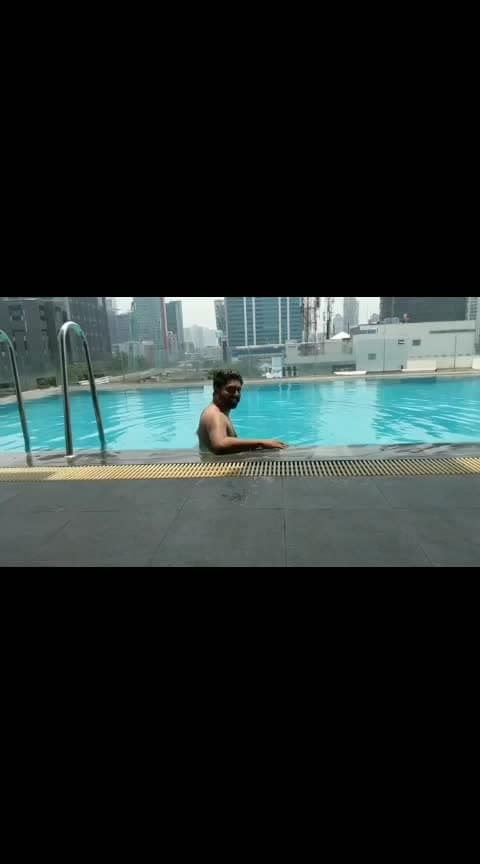 """Staying Cool by the Pool""  .  VC - @proneeta23   #jakartadiaries #funtime #beattheheat #poolside  #vijaypattery #proneetavijay"