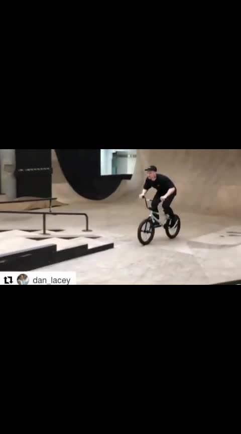 #bmx #bmxlife #bmxforlife #bmx4life #ride #bike #bikes #ridebmx #skatepark #grind #grinding #pegs #20 #stairs #ledge #halfpipe #curb #rail #streetbmx #bmxgirl #bmxgirls