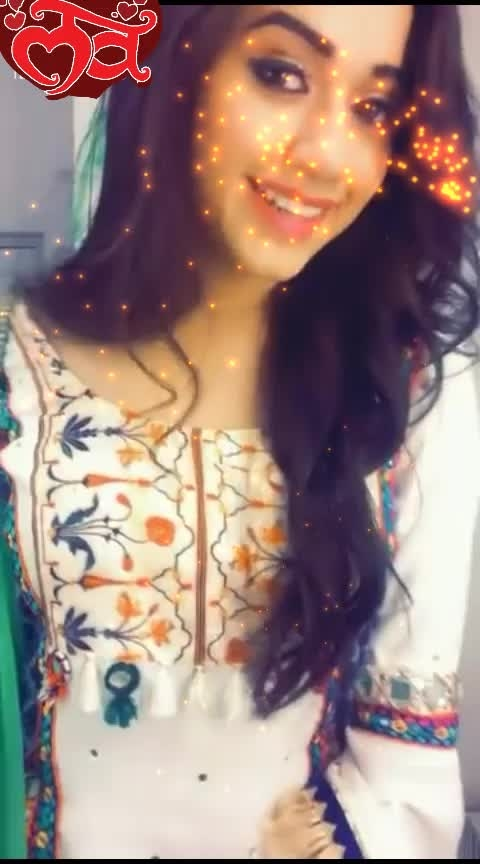#solovely #cuteness-overloaded #yeteri_meri_bate #roposo-wow #roposo-good #roposo-wishes #roposo-beats