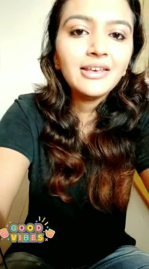 Dhadak Title ♥🎤 #featurethisvideo #ropo-feature #gujarti #contestalert #singersongwriter #riyaz #roposo #singer #risingstar #bollywoodlovers #song #love #shreyaghoshal #dhadaktitletrack #dhadaksong #music #tanpura #deeshajani
