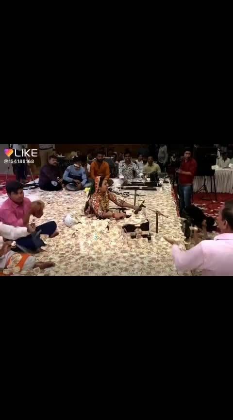#makemoney #rosopolove #nonvegjokes #roposo-beats #beats #kindness #weeks #highlightonfleek #bholenath #bhakti #haha-tv #filmistaan #roposo-funny #value-for-money #moneyplant