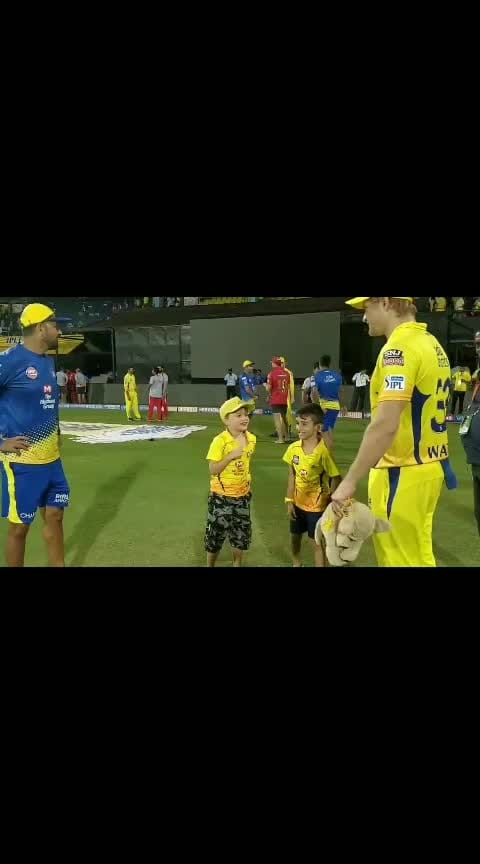 Jr. #ParasakthiExpress and Jr. Watto having a sprint face-off and a lightning joins them! Priceless! @msdhoni1  #JustThalaThings #whistlepodu  #yellow  🦁💛