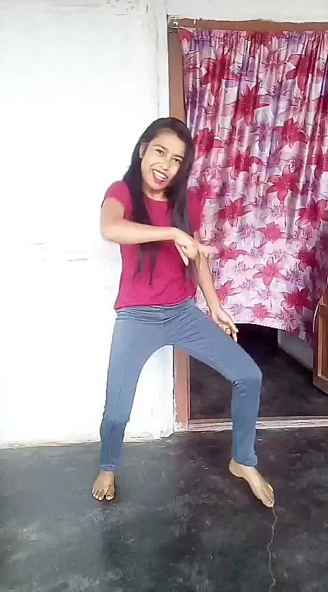 #dilbar-dilbar #hiphopdance #assamgirl #roposo-dancer #danceing #dance #risingstar #dolidance#staroftheweek #staroftheday Roposo @roposocontests @roposotalks