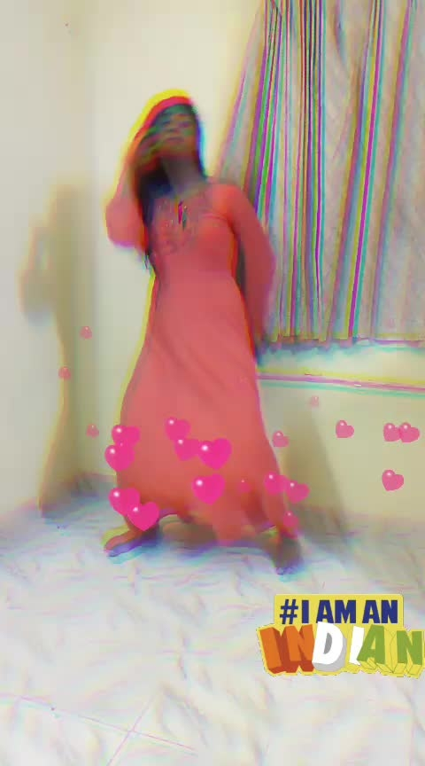 #properpatola  #yashasvi_sharma  #roposo-dance  #dancingqueen  #dancingmoves  #dancingdiva  #dancingvideos  #dancerslife