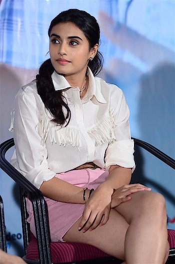 Divyansha Kaushik hot Stills at Majili Movie Success Meet Function https://www.southindianactress.co.in/telugu-actress/divyansha-kaushik-majili-success-meet/  #divyanshakaushik #southindianfashion #southindianactress #tollywood #tollywoodactress #indianactress #indiangirl #teluguactress #majili #shortdress #shortskirt #pinkskirt #hotlegs #beauty #beautifulgirl #beautifulactress #fashion #style