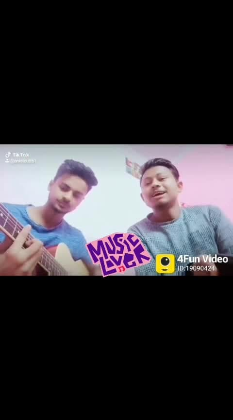 #she_dont_know #musicmg #musiciansinindia #vocalist #happinessoverloaded #musicnotes #roposo-music #musicislife #sangeet #soloful  On guitar #Rohansangat