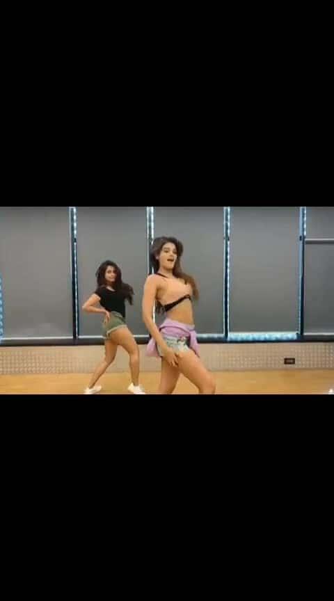 Beyonce #nidhiagarwal #beats #dance #amazingdance #very-beautiful #in-love- #beyonce