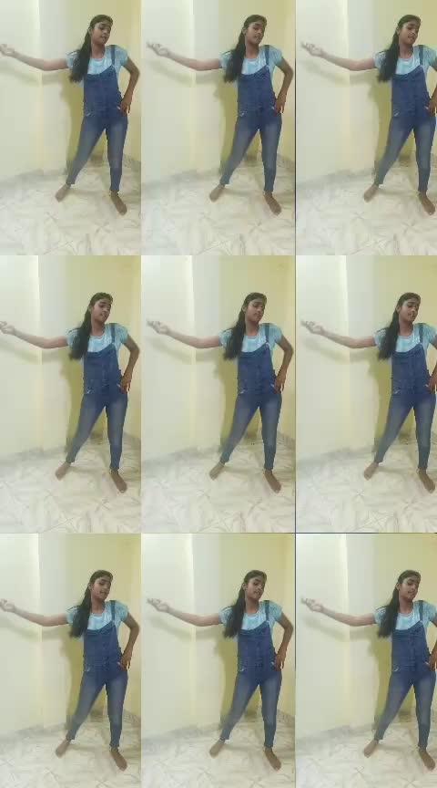 #coca-cola_tu  #yashasvi_sharma  #roposo-dance  #dancingqueen  #dancingmoves  #dancingdiva  #dancingvideos