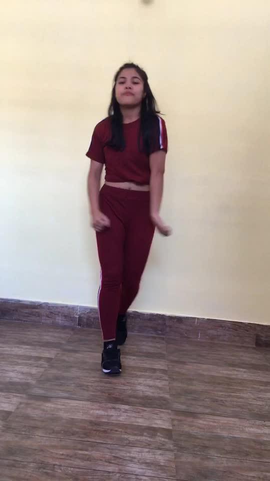 Old school dance form Song Nuri #roposo #roposodancer #dancerslife #followme