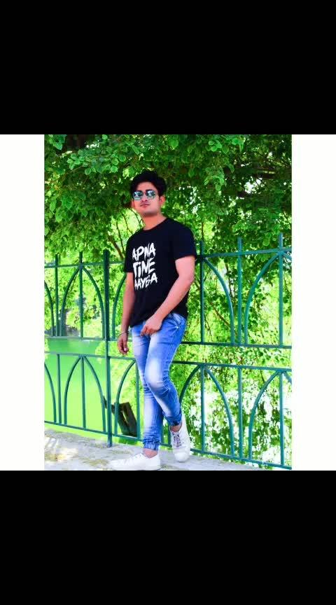 shoot for bewkoof.com apna time ayega teshirt #shootlife #rishabhtiwari #actorslife #followers #loveroposo #fanlove #apnatimeaayega #tshirt  #hauzkhasvillage #million