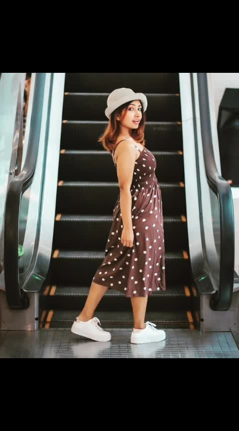 🚀 In order to escalade in #life  ... U gotta watch every step you take 👟  : #summer  #summerfashion  #fashion  #styles  #thursdayquote  #tvshows  #tatasky  #thursdaymotivation  #mumbaifashionblogger  #hot  #beauty  #beautyblogger  #ootd  #sneakers  #trendeing  #trendy #rooftop  #sun  #fun  #instadaily  #instagirl  #wow  #sayanti  #sayantibanerjee