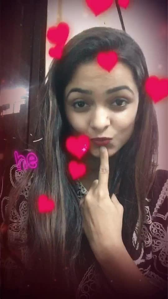 #roposostar #roposorisingstar #girls #ropo-beauty #bold-is-beautiful #love #pyaar #dill #fun #masti #cute #cool #crazy #viralvideo #expressions #song #music #bollywood #filmykeeda #timepass #entertainment #styles #fashion #smile #hair