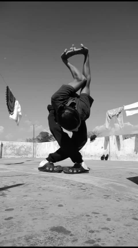 #wow  #roposo-wow  #wows  #wow-nice  #nice  #flexibility