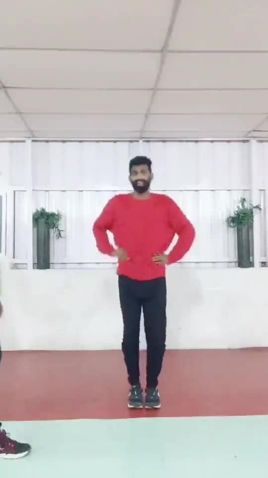 #alagiyalaila #remix #kuthudance #folk #roposo-dancer #roposo-dance #roposo-tamil #roposo-style #manibhai #cbe #coimbatore
