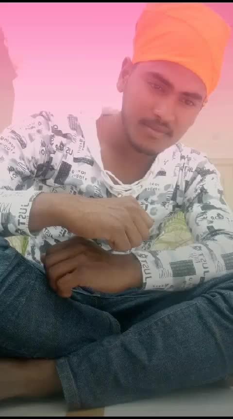 aankh 👀👀 h bhari bhari or 👍tum 😍😍😍