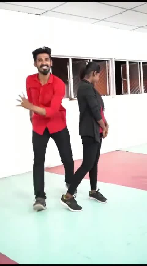 kanmoodi thirukkum podhu #therumunaiyai #thaandum #varaiyil #verumnaal #vijayfans #vijaysongs #mike #sugi #manisugi #cbe #roposo-dancers #callfortamil