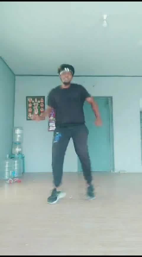 #adiyekolluthey #varanamayirammovie #roposo-dance #callmytamil #1millionaudition
