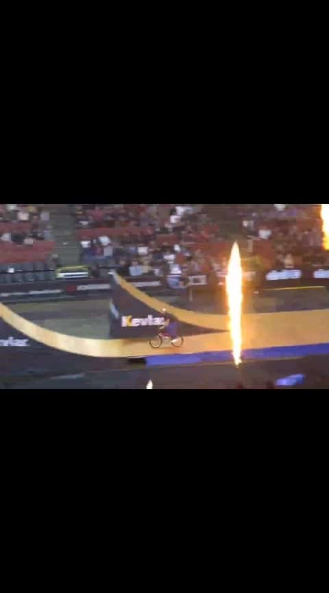 #wow  #roposo-wow  #cyclestunts  #cycling