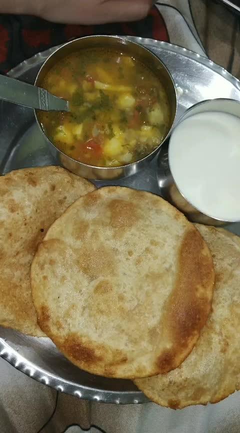 Fast Ka Khana 😊😁 #roposostarchannel #roposo-food #fooding #hungryalways #hungrytv #hungry