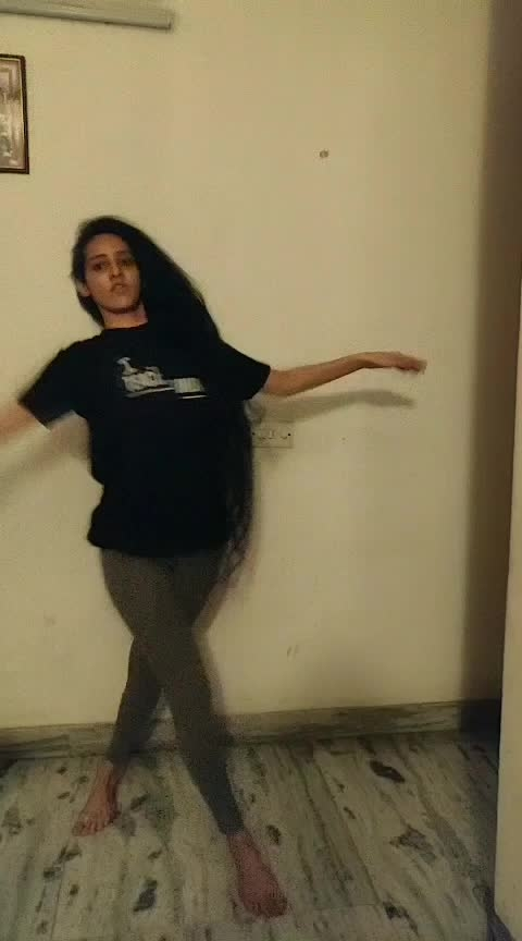 Late night improvisation #fetish #fetishchallenge #selenagomez #dance #roposo-dance #roposo-dancer #roposo #roposoness #ropo-ropo #foryou #foryourpage  Follow me on Instagram : Gursimran Kaur Taneja Check out my latest dance video on YouTube : https://youtu.be/aR5S8f4atVM