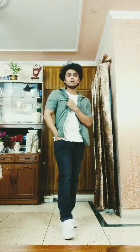 #ishqwalalove #roposoness #bollywoodd #aliabhatt #sidharthmalhotra #varundhawan #dancelife #roposoness #roposostar #risingstar #loveness #loveintheair
