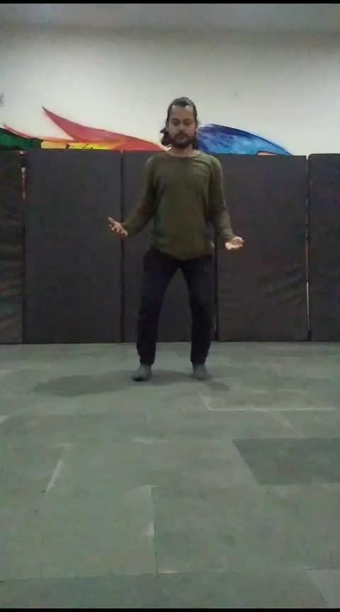 #kuchmithahojaye #kuchkuchhotahai #roposo-dance #dance #roposo-dancers #roposo-dancer #roposostarchannel #roposo_star #roposostars #roposo #ropososhare #roposo-morning #romantic-propose #romanticsongs #roposo-lovesongs #love #bestdanceever #bestdance