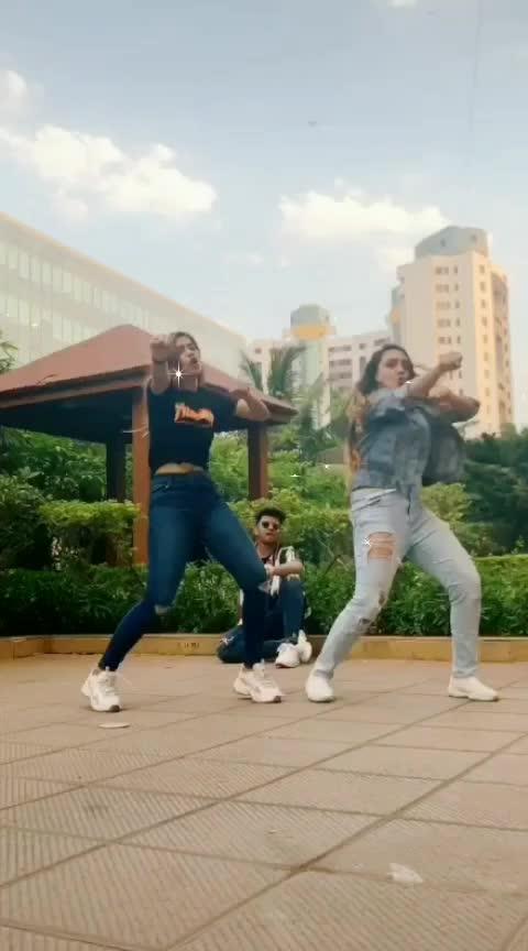 #mungda 😜👌 #roposo_dance #roposo #roposoness #roposoers #ropo_style