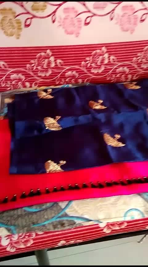 Sana plain sarry with contrast blouse piece
