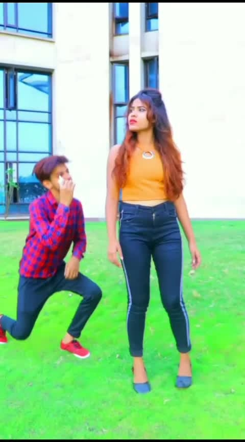 when you are not ready....and get proposed...😂😂😂✌️😘#proposal #roposo-comedy #lovegoals