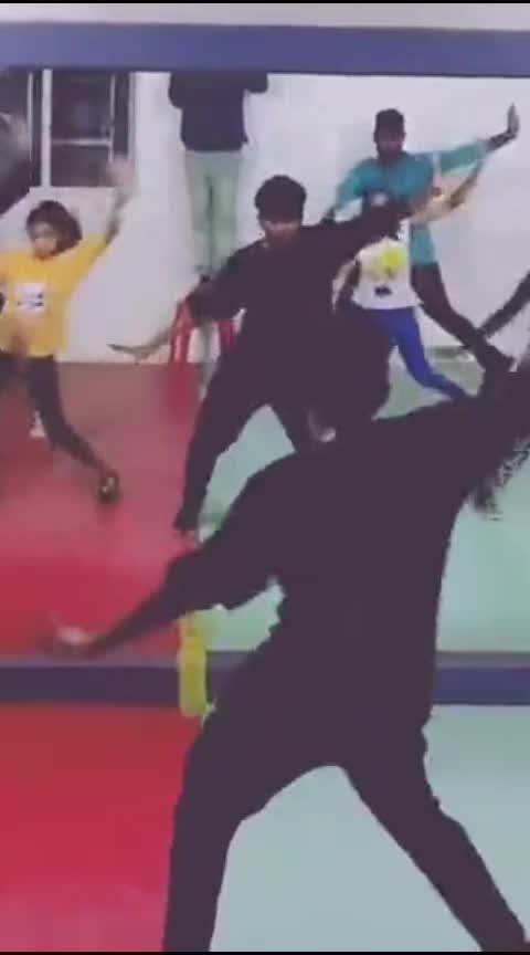 #kuchukuchurakkama #bombaytimes #dancee #kids #roposo-dance