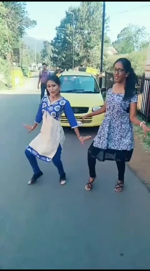 Dance in public#thalapathy_vijay #funmode #with_sista #roposodance #roposers #featurethisvideo