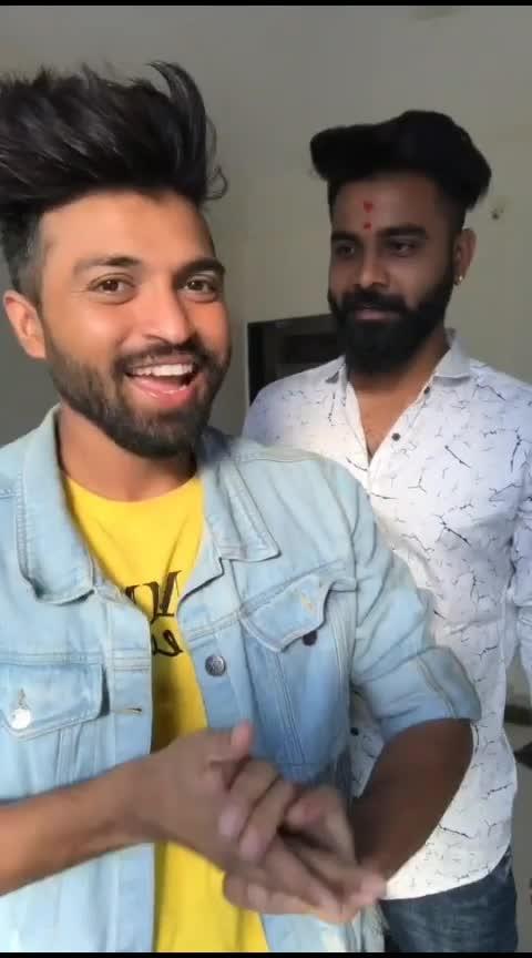 over excitement 😂😂😂 #marathilook #ropo-marathi #mimarathi #marathi #marathidialogue #comedy #roposo-comedy