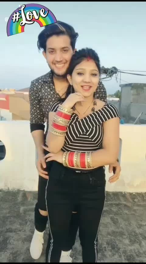 😍😍 #couplegoals #cutecouples #lovesong #punjabivideos #punjabisong #coupleromance #coupledance